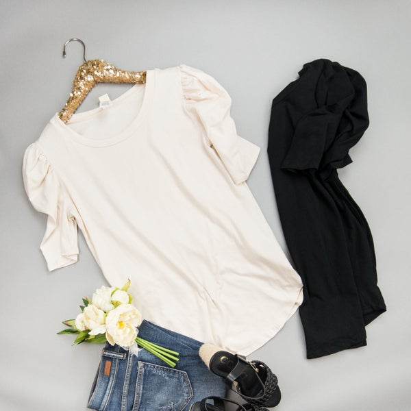 Delicate Simple Puff Tee