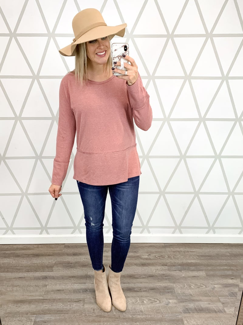 HAPPY HOUR // Cozy Day Tee *ALL SALES FINAL*