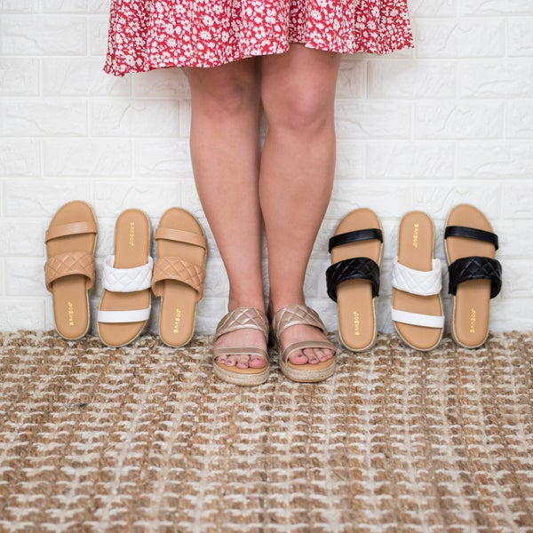 Simple and Easy Slide Sandals