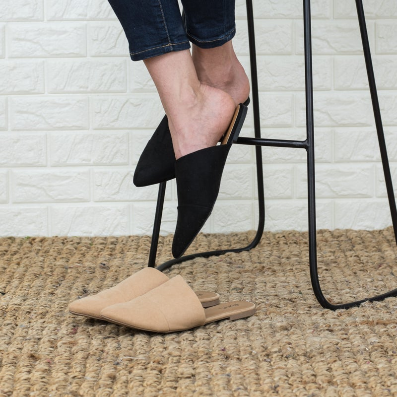 CYBER MONDAY // Angled & Chic Mules *all sales final*
