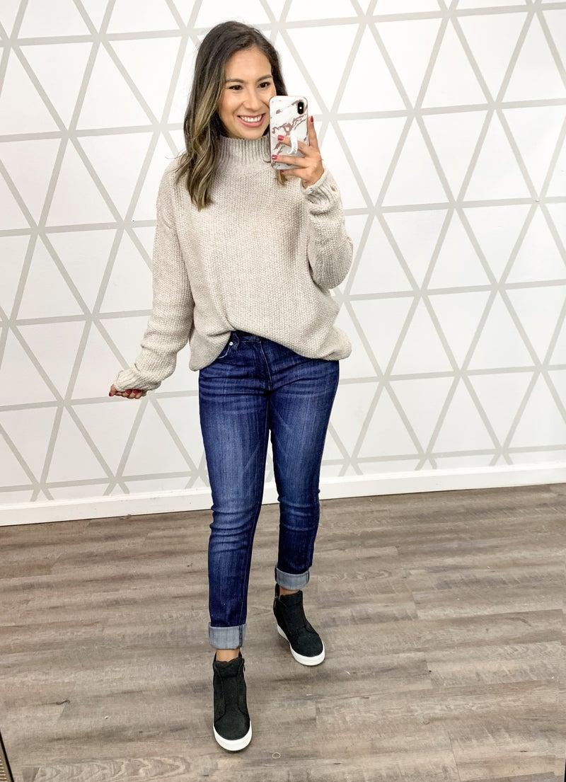 Simple Blogger Front Tuck Sweater *ALL SALES FINAL*