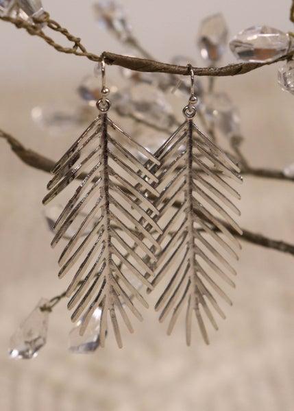 Tarina Silver Palm Leaf Earring