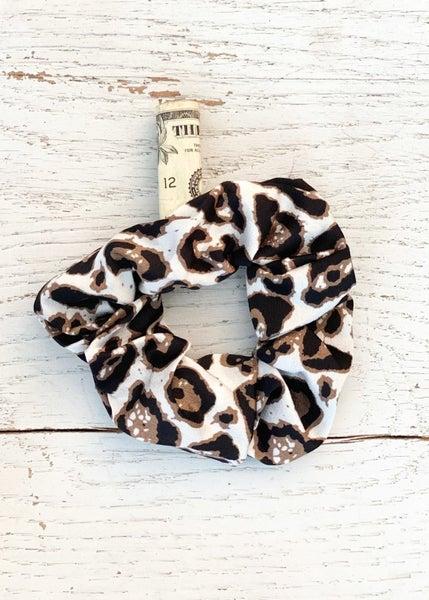 Hideaway Scrunchie-Snow Leopard