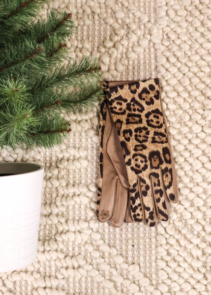 DOOR BUSTER: Smart Touch Gloves: Leopard *Final Sale*