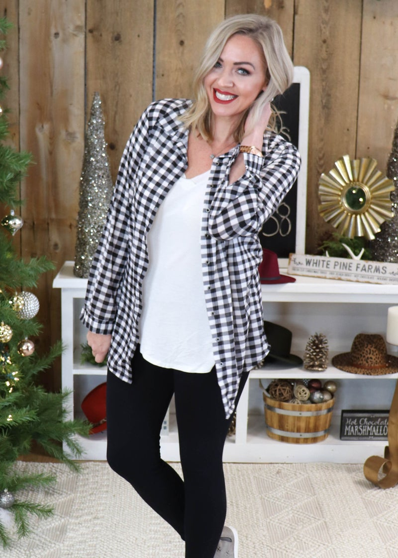 Whitley Plaid Button up: White Black