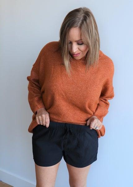 Linen Shorts- Black