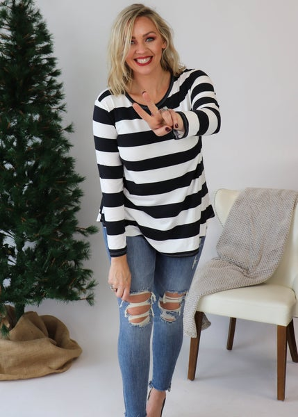 DOORBUSTER:Emma Striped Top: Black and White *Final Sale*
