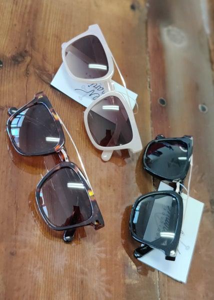 Arc Detailed Sunglasses