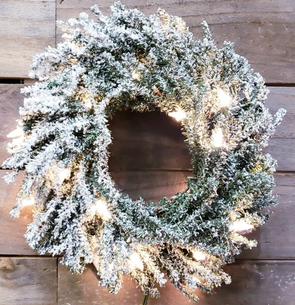 Frosted Pre Lit Pine Wreath