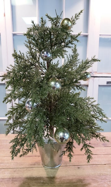 Festive Gold & Silver Christmas Tree w/ Glitter