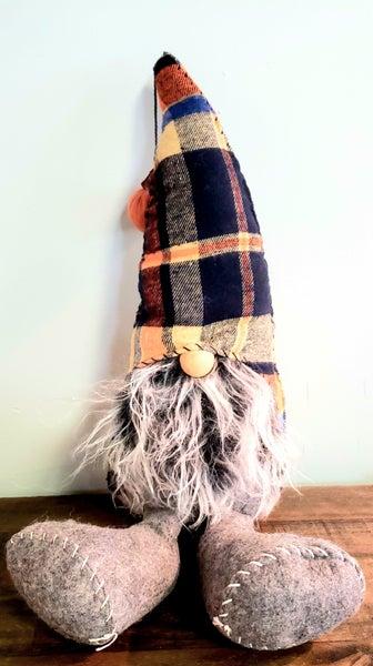 Large Hat w/ Pumpkin Gnome