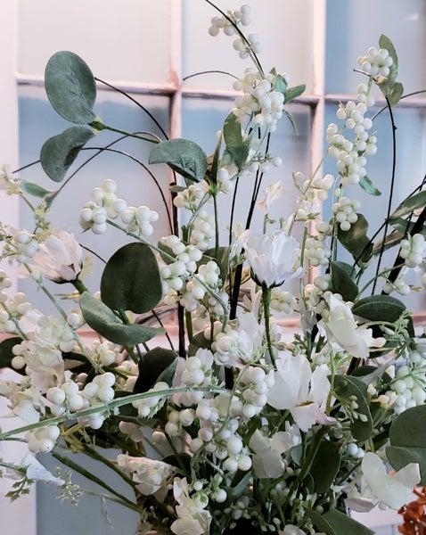 Daisy Eucalyptus Pick