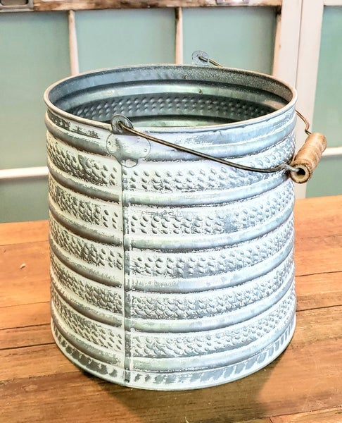 Embossed Metal Bucket w/ Handle