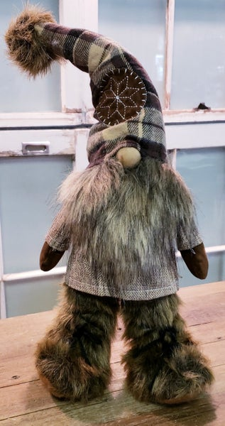 Northwoods Gnome w/ Feet