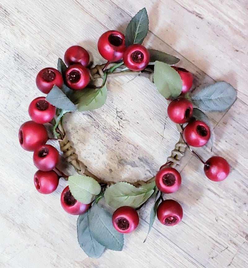 Small Red Pod Candle Ring