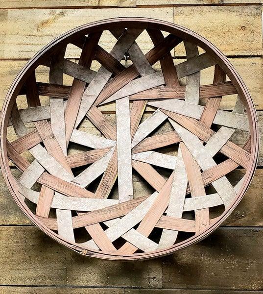 Round Basket w/ Metal