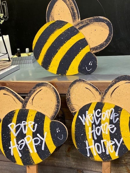 Wooden Bee Signs (Local Pickup Only)