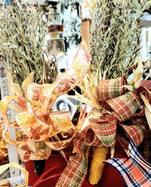 Corn Bundles w/ Assorted Bows