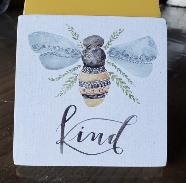 Bee Kind Hinged Box
