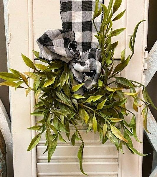 Small Smilax Wreath