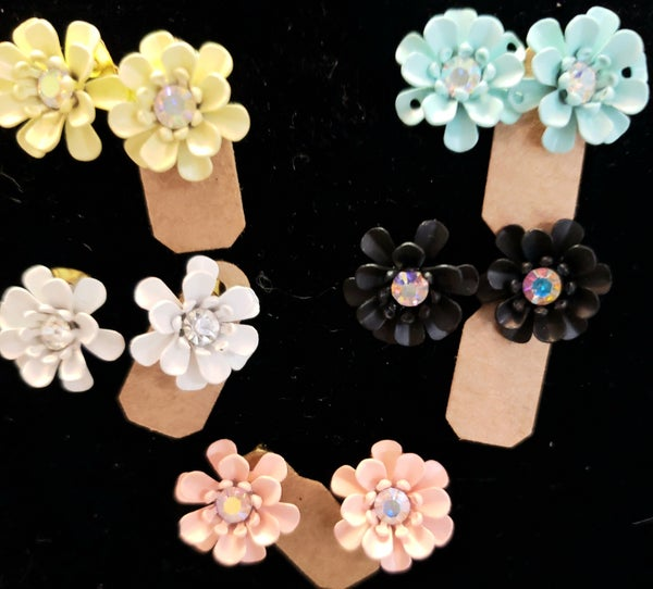 Flower Bling Stud Earrings