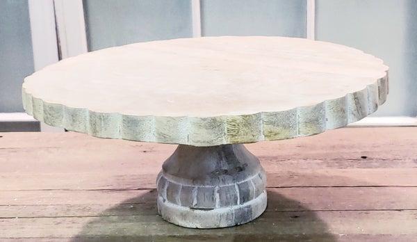 Scalloped Wooden Riser