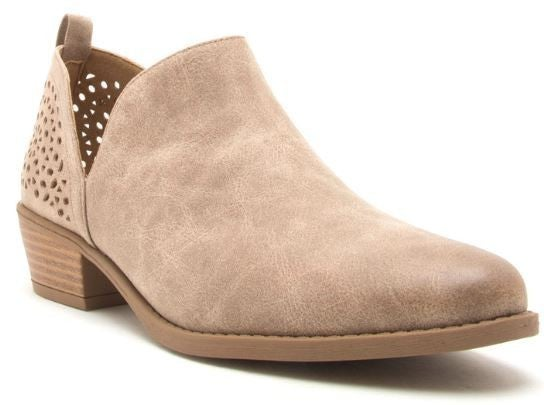 ALEX'S FAVE BOOTIES IN TAUPE