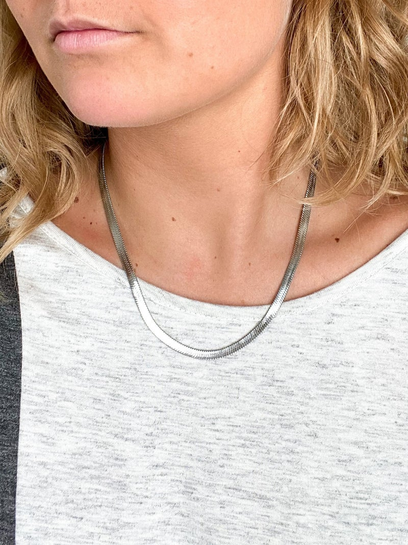 "18"" Herringbone Chain Necklace (Multiple Colors)"