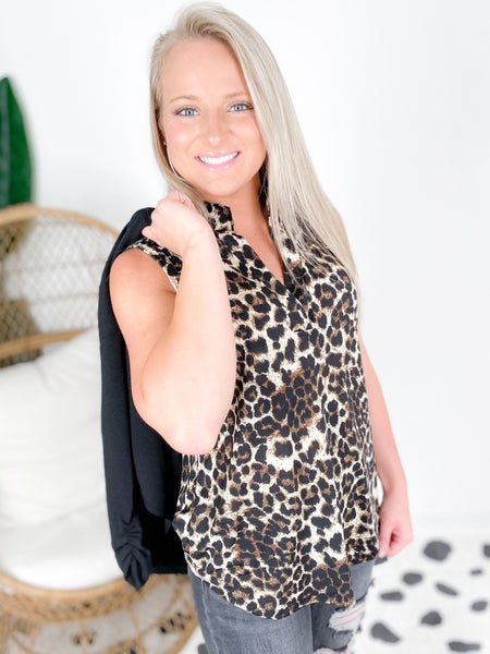 PLUS/REG Sleeveless Leopard Mandarin Collar Top