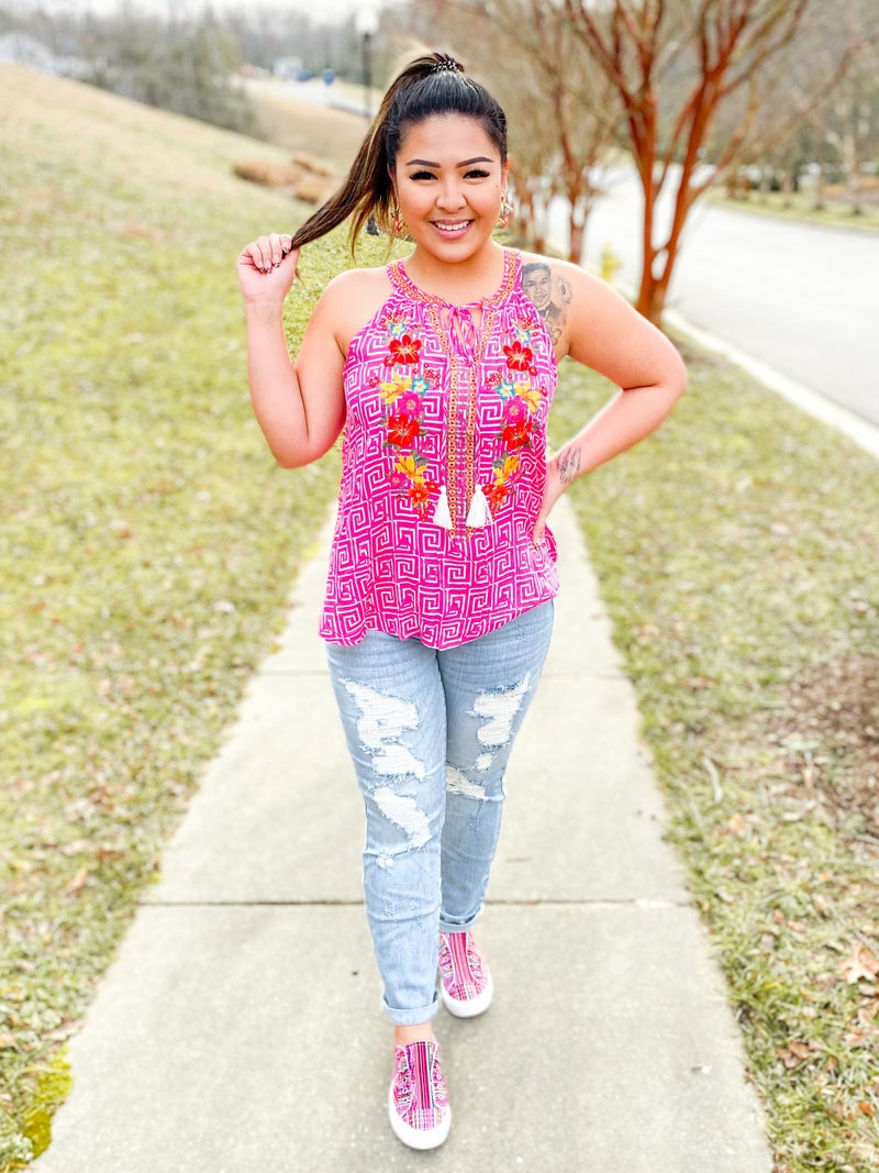 PLUS/REG Sleeveless Geo Print Top With Floral Embroidery (Multiple Colors)