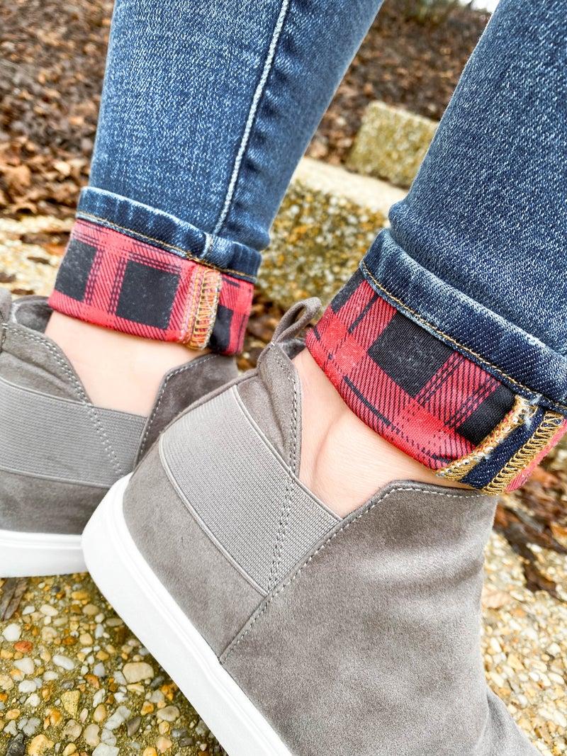 PLUS/REG Judy Blue Buffalo Plaid Patch Cuffed Skinny Jeans