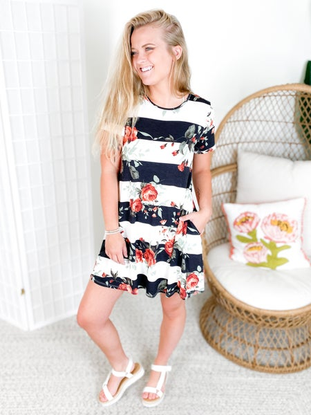 PLUS/REG Short Sleeve Stripe & Floral Dress with Pockets