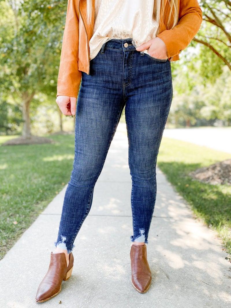 PLUS/REG KanCan Elevated Everyday Basic Non-Distressed Skinny Jean