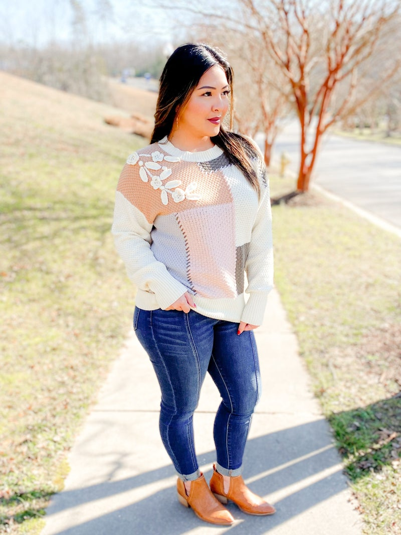 Color Block Sweater With  Flower Detail