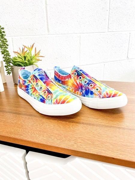 **ADULT Blowfish TIE DYE shoes!!!