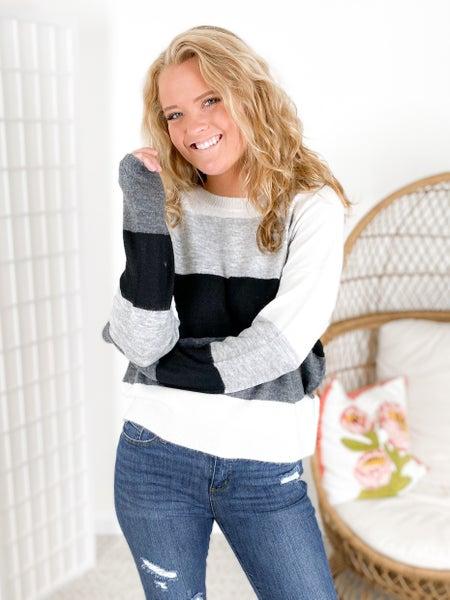 RESTOCK!!!! PLUS/REG Colorblock Oversized Cozy Sweater (Multiple Colors)