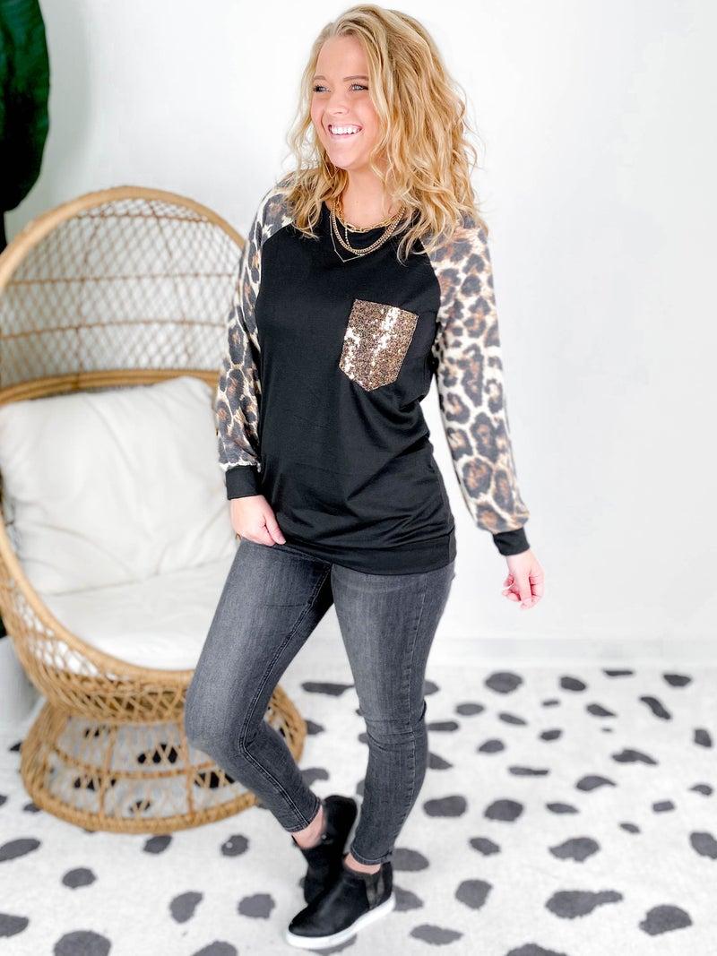 PLUS/REG  Black & Leopard Top With Sequin Pocket