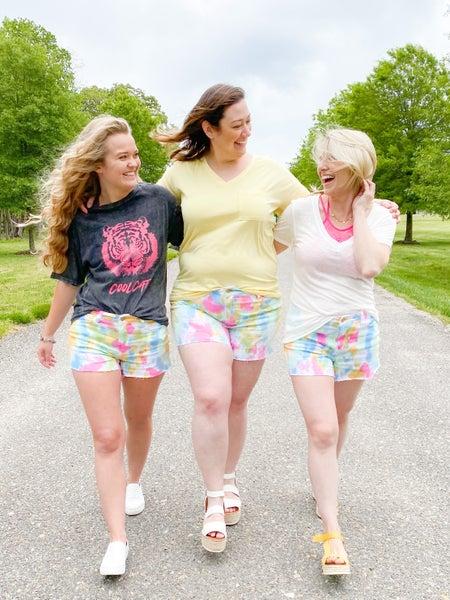 PLUS/REG Judy Blue TIE DYE Shorts
