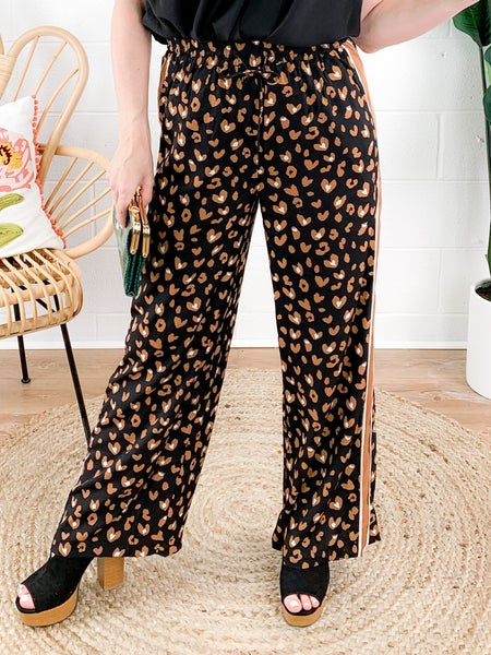 PLUS/REG Lovin' Leopard Pants