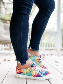 SURPRISE !! Rainbow Tie Dye Blowfish Sneakers With Zipper Detail