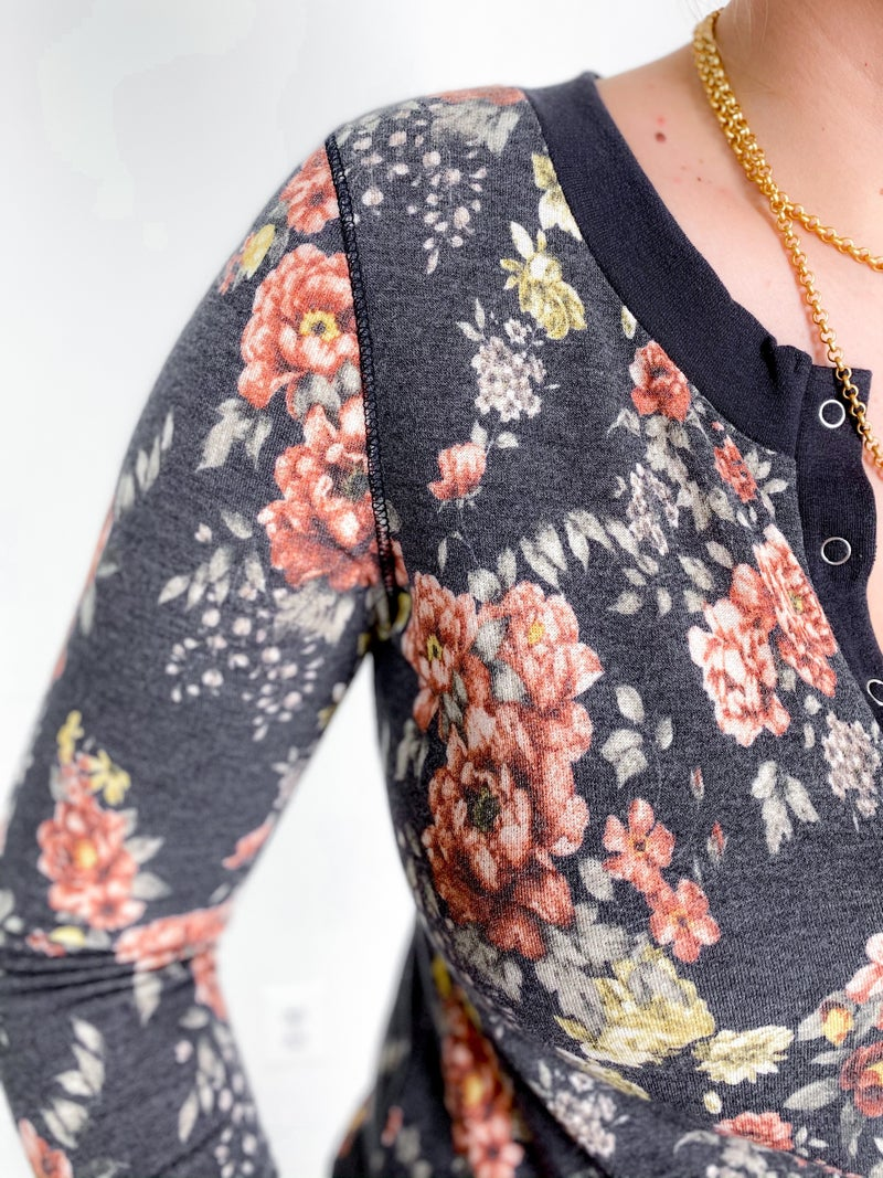 Floral Long Sleeve Snap Button Top