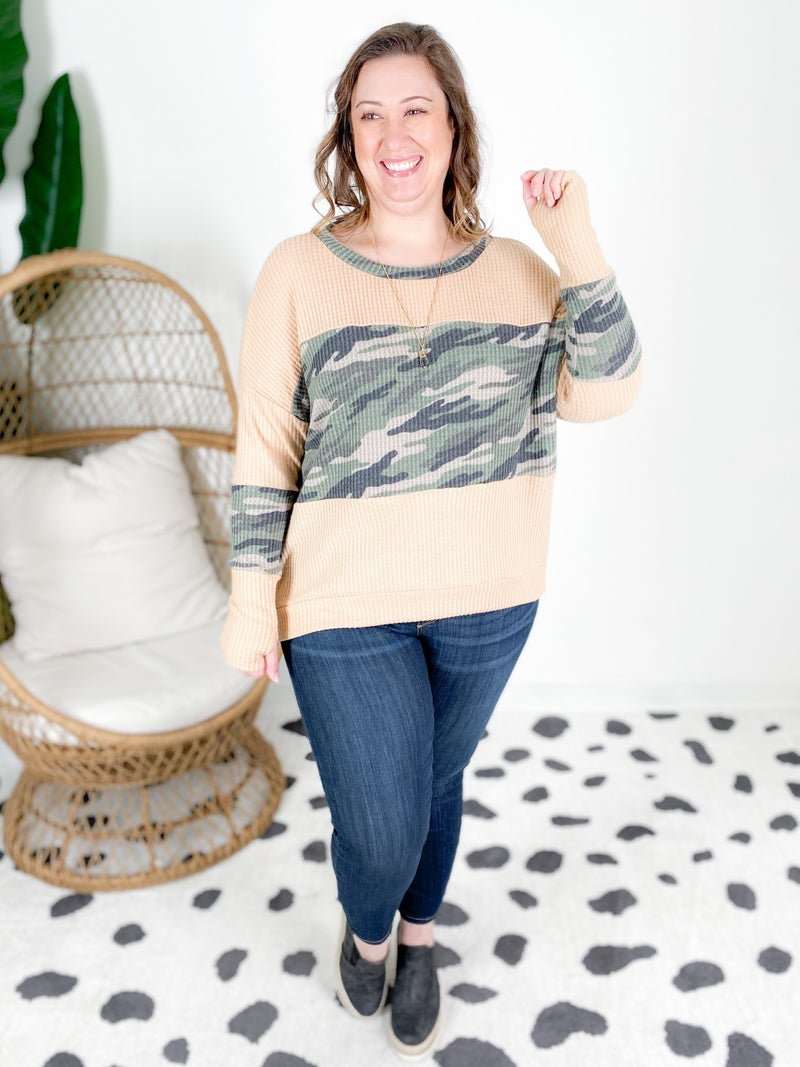 PLUS/REG Loose Fit Camo Waffle Knit Top With Thumb Holes