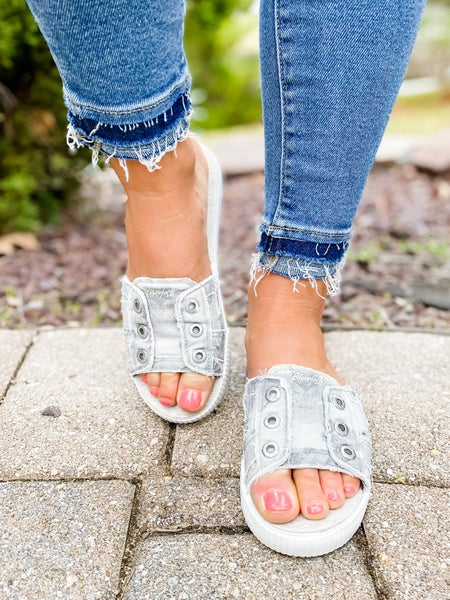 Blowfish Distressed Grey Splatter Camo Slide Sandals