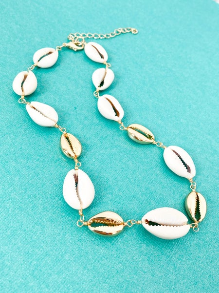 Gold and Ivory All the Seashells Necklace