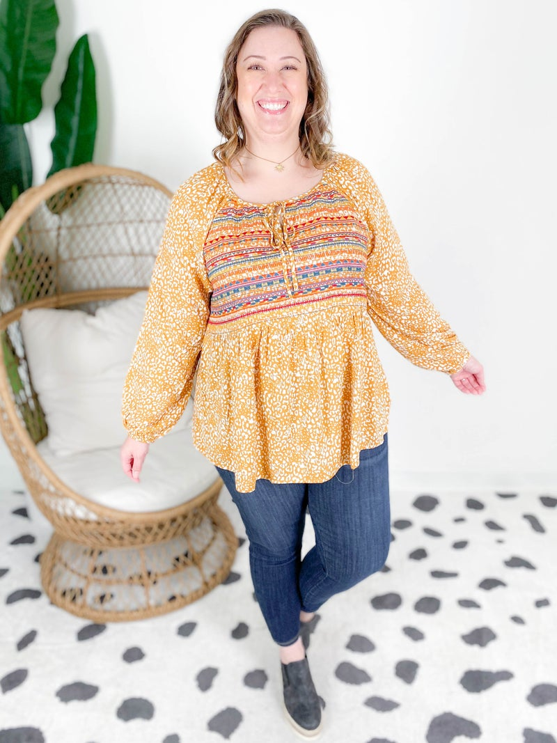 PLUS/REG Leopard Print Embroidery Top With Banded Sleeves