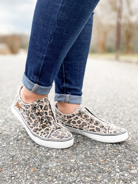 Blowfish Distressed Natural City Kitty Canvas Unlaced Slip On Sneakers