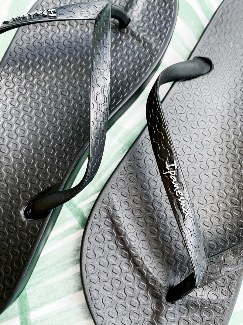 Ipanema Neutral Basic Flip Flops (Multiple Colors)