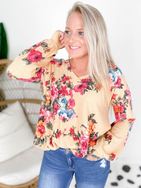 PLUS/REG Honeyme Floral Top with Balloon Sleeves