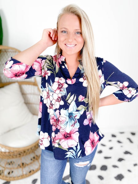 PLUS/REG Honeyme Navy Floral Gabby Blouse