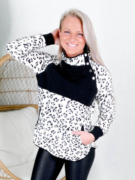 PLUS/REG Long Sleeve Leopard Print Fleece Sweater